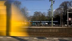 Intercity naar Nijmegen - Station Driebergen-Zeist (gigawebs) Tags: nijmegen geel trein intercity driebergenzeist