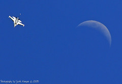 F-16 Over the Moon (Scott Keesee) Tags: moon scott airplane nikon colorado denver f16 co d200 broomfield fightingfalcon supershot inspiredbylove keesee explore404 nikondigitallearningcenter betterthatgood nikonflickraward nikonflickraward broomfieldairshow rockymountainmetroairshow otisaward theultimatecollection