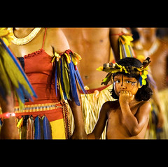 a quest ( Tatiana Cardeal) Tags: pictures brazil people southamerica girl festival brasil digital photo child native fear picture culture documentary tribal brazilian criana invenciblespirit tatianacardeal fotografia indios ethnic 2008 indien cultura indigenous brsil bertioga ethnology indigenouspeople boe documentaire indische etnia ethnologie bororo documentario ethnique povosindgenas ethnie pueblosindgenas indigenousfestival festanacionaldondio indigenenvlker