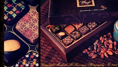 Maya La Chocolaterie 2 (Mashael Al-Shuwayer) Tags: food digital canon mall eos bahrain maya chocolate seef chocolaterie 400d mashael alshuwayer
