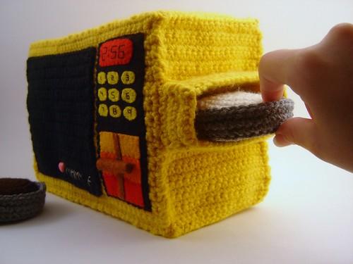 Crochet Easy-Bake Oven Plushie - side view