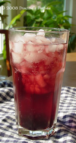 Blueberry Pomegranate Fizz
