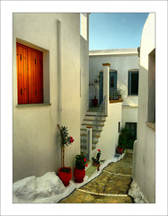 Skyros inside (Marios G. Kordilas) Tags: street house architecture island lumix dynamic traditional aegean greece inside hdr skyros greekisland summer2008 fz18 grrekhouse