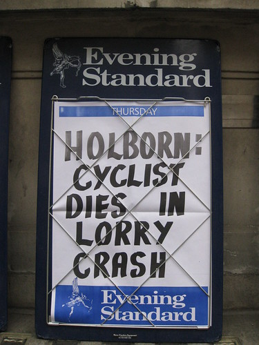 Holborn: Cyclist Dies in Lorry Crash (Evening Standard)