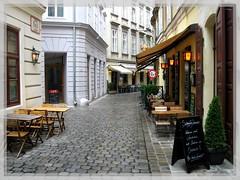 vienna caffee (SaudiSoul) Tags: vienna street coffee cafe small coffeeshop
