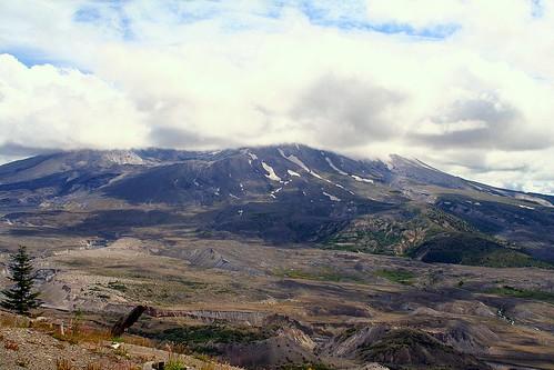 Mt . St. Helens