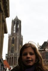 Portret, Stadhuisbrug Utrecht (lambertwm) Tags: portrait tower netherlands girl backlight utrecht domtoren torre tour toren nederland torn portret turm meisje tegenlicht againstthelight stadhuisbrug themedomtoren