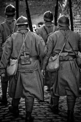 poilus1-14 (PAPheulpin) Tags: portraits nb histoire guerre militaire arme armes historique soldats poilu