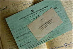 Mementos from Castro Government's Early Years (dosepocas) Tags: diary cuba communism castro fidel che hallpass inra datebook juanorta institutonacionaldereformaagraria