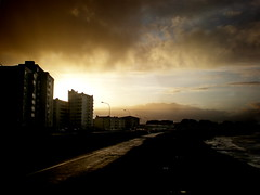 (Eln Elsabet) Tags: houses sunset sky sun building yellow clouds reykjavk grandi