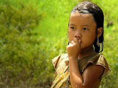 A moment in thoughts (B℮n) Tags: topf50 miao laos vangvieng hilltribes meo 50faves hmonggirl abigfave aplusphoto mountainousregion monggirl cascadingriver mesmerizingeyes atqueartificia asianethicgroup beautifulforestry havingabathe amomentinthought hermillionmileseyes