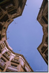 Raval (arturii!) Tags: barcelona street old city blue windows sky building home architecture wow square casa nice interesting arquitectura europa europe foto view flat superb awesome capital cel catalonia stunning vista perspectiva catalunya blau capture vella carrer catalua catalan barcelone gettyimages raval cercle ciutat contrapicat mediterranian pisos barri catalogne balcons mediterrani finestres barcelons canoneos400d wesome ebauty amazinga arturii removedfromadobelightroomfortags barcelones