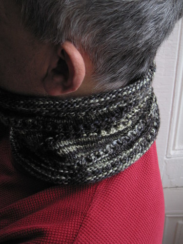 Stacked Eyelet Cowl