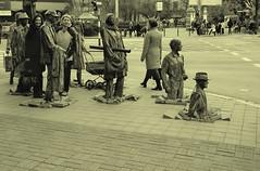 wrocaw (sebar5) Tags: wrocaw rzeba ulica postacie sztuka chodnik