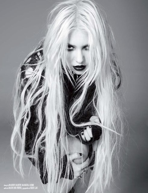 taylor-momsen-vanidad-march-2011-issue