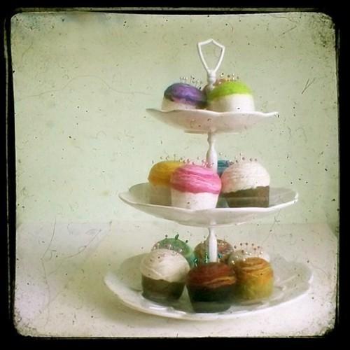 felt cupcakes