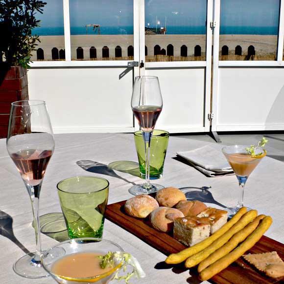 13-beach-meal-60236