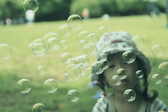 Soap bubbles (blackteaj.justice) Tags: japan canon eos daughter tamron kawasaki soapbubbles    tamronaf18200mmf3563xrdiiildasphericalif bokehwhores cmwdgreen  anawessomebokeh higashitakanepark