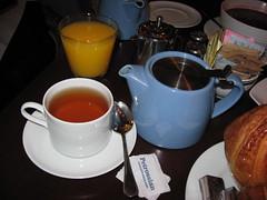 Petrossian: Orange juice, hot tea (english breakfast), milk and sugar