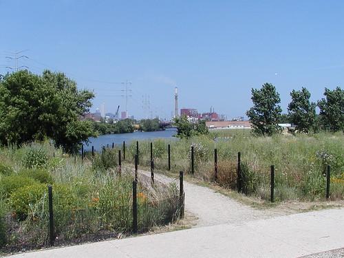 chicagoriver7-06-08orginspark