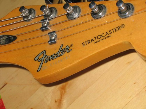 fender strat how to tell made date