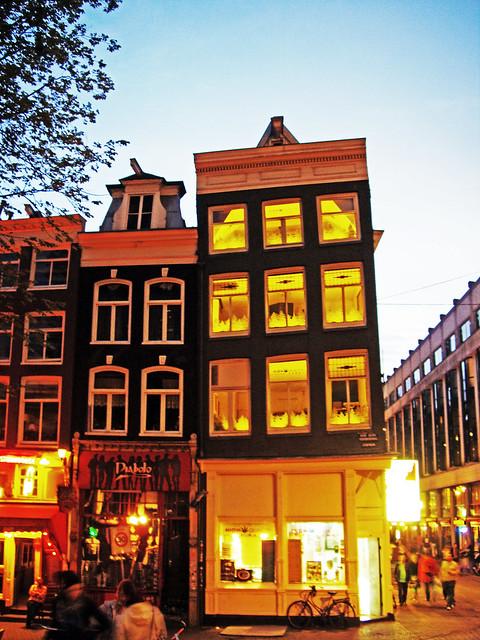 Le (dritte?) case di Amsterdam!