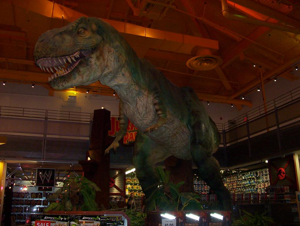 T-Rex, Toys R Us, Times Square