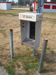 Sprint Pay Phone (The Upstairs Room) Tags: ohio abandoned phone telephone payphone pay sprint utica outofservice