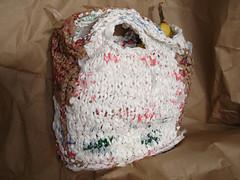 plastic knit lunchbag.jpg