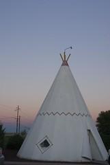 Wigwam Motel in Holbrook (Moonheart) Tags: arizona sunrise holbrook wigwam