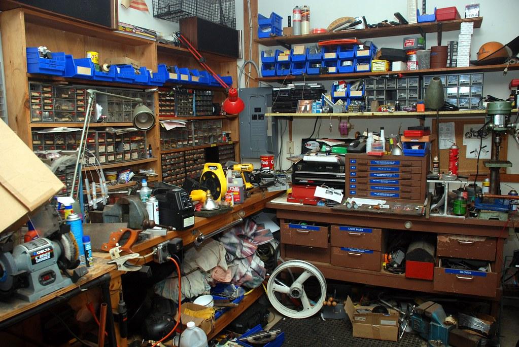 Dan's messy workbench