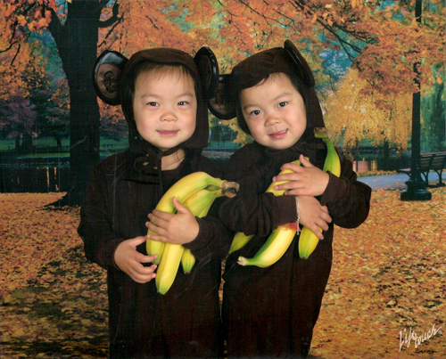 We go bananas for Halloween (Ree left, Ro right)