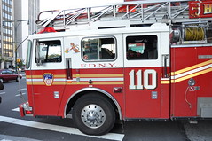 Ladder 110 (Triborough) Tags: nyc newyorkcity ny newyork brooklyn 110 firetruck ladder fdny seagrave downtownbrooklyn laddertruck kingscounty newyorkcityfiredepartment ladder110 tillarytigers