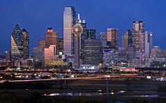 Night Descends on Dallas (Jeff Clow) Tags: city longexposure night dallas downtown raw texas tripod dfw dallastexas jeffclow ©jeffrclow dallastexasskyline