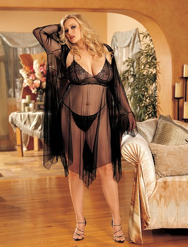 Plus size Woman on Lingeries Set Black