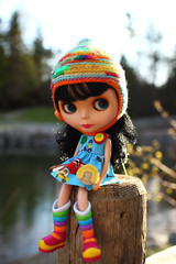 She's seeing the rainbow... (jessi.bryan) Tags: sunset doll blythe goldie allgoldinone bl edwardsgarden buttonarcade megipupu rainbowbriteboots