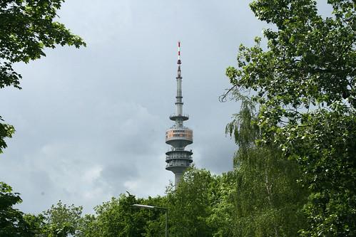 Erster Blick auf den Olympiaturm