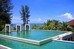 Amari Trang Beach Resort, Thailand (_takau99) Tags: 2005 trip travel blue vacation holiday green beach topf25 water topv111 topv2222 thailand hotel pond topv555 topv333 nikon topv1111 topv999 topv444 topv222 september resort tropical coolpix topv777 s1 topv3333 topv4444 topv666 topf10 topf15 trang topv888 amari topf5 topf20 changlang topf30 takau99 changlangbeach amaritrangbeachresort