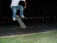انجيلو (barhooomo) Tags: from hell skaters tricks skateboard doha qatar aspire kickflip شباب villaggio الخليج دبي ابو الامارات سيارات قطر العربي دوحة ظبي فيلاجيو سكيت بورد اسبير