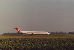 McDonnell Douglas MD-82 (Den Batter) Tags: minoltax700 spl schiphol dc9 eham mcdonnelldouglas md82 balair 01l19r hbinb