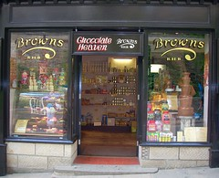 Chocolate Heaven - Robin Hoods Bay (gemmak) Tags: bay heaven chocolate rbin hoods