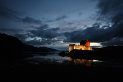 Welcome to Scotland (blinked) Tags: castle night scotland explore 1020mm eileandonan dornie superaplus aplusphoto aspect43 aspect1610