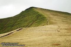 Craig Cwm Llwch up to Corn Du (puffinbytes) Tags: uk mountain wales unitedkingdom cymru peak breconbeacons powys mountainpeak corndu