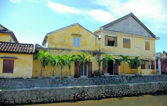 Hoi An River Bank (cwgoodroe) Tags: food art me beer river pig town october war asia village market an vietnam southeast hoi tailors danang checkens bambohats