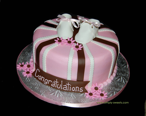 1 tier brown and pink baby shower cake