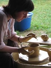 montredon 2008 draaiworkshop (Françoise Busin) Tags: klei keramiek montredon draaistage