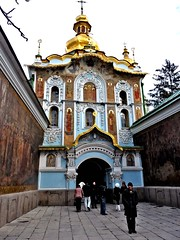 Kiev-Pechersk Lavra 1 (Grete Howard) Tags: cathedral religion ukraine caves monks christianity catacombs kiev kievpechersklavra cavescomplex