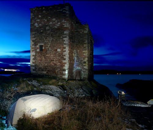Portencross Castle light painted 30Nov08