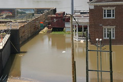 The Flood Wall and Depot, May 9, 2011 (panoramman) Tags: mississippi mississippiriver vicksburg floodwall mississippiflood vicksburgmississippi vicksburgflood greatfloodof2011