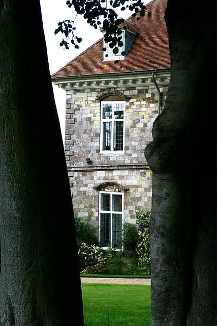 b's house2